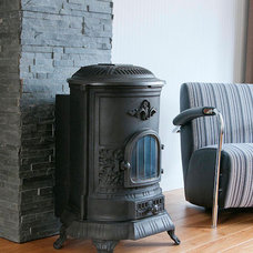 Traditional Fireplaces by Barroco