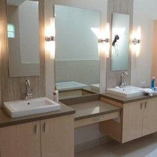Contemporary Bathroom by Principe Builders, Inc.