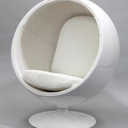 Ball Chair, White -