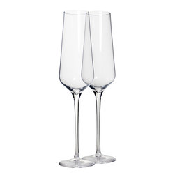 Martinka Crystalware & Lifestyle - Willow Peak Champagne Glasses (Set of 2) - Great for cocktails, mimosas or champagne, these simple yet elegant champagne flutes are a must have. Champagne glasses are handmade from crystal glass and each flute holds up to 7 oz of your favorite spirits.
