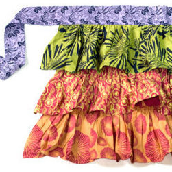 Fair-Trade Handmade Ruffled Apron - I am pretty sure this apron would instantly make me the life of the party! It's just right for the hostess of a brunch, no? Plus, you can feel pretty and good at the same time: This beauty is fair-trade and ecofriendly.