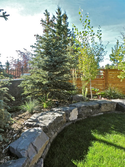 Traditional Landscape by Year Round Landscaping