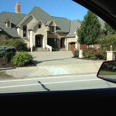 Chimney and garage door look.JPG