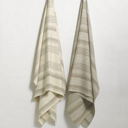 ANICHINI Olga Linen Towels - Made from 100% handloomed natural linen, the Olga towels are woven similar to our Donatas towels but are accented with variegated stripes.