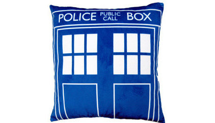 Guest Picks Time To Get Your Doctor Who Tardis Blue On