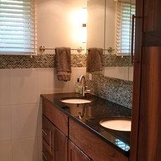 Contemporary Bathroom by d.schmunk interior design services