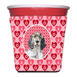 Caroline's Treasures - English Setter Valentine's Love and Hearts Red Solo Cup Hugger - Fits red solo cup or large Dunkin Donuts / Starbucks ice coffee cup. Collapsible Foam. (16 oz. to 22 oz. Red solo cup) Toby Keith made the cups more popular with his song. We make them nicer to carry around. The top of the cup is still exposed to add your name with a marker too. Permanently dyed and fade resistant design. Great to keep track of your beverage and add a bit of flair to a gathering. Match with one of the insulated coolers or coasters for a nice gift pack. Wash the hugger in your dishwasher or clothes washer. Design will not come off.