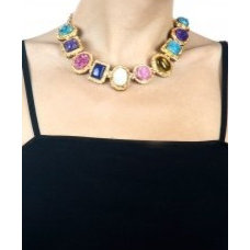 Multicoloured stones necklace available only at Pernia's Pop-Up Shop.