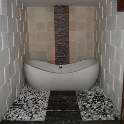 Terrazzo Bathtub - 1850 x 900 x 530 ( mid top ) , 750 ( end top )