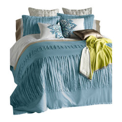 Blissliving Home - Layla Duvet Set, King, Gulf Blue - Extensive pleating gives this bed set a lavish, romantic feel — ideal to encourage your sweetest dreams and most indolent sleep-ins. The set includes a duvet cover that reverses to solid 100 percent cotton sateen, and two pillow shams.