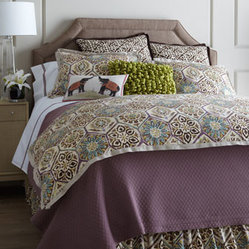 "Pine Cone Hill Queen Plum Diamond Matelasse Coverlet, 90"" x 96"""