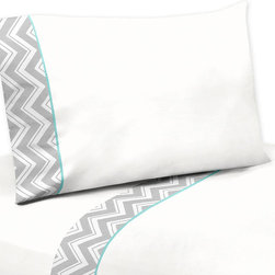 Sweet Jojo Designs - Sweet JoJo Designs 200 TC Grey and White Zig Zag Diamond Sheet Set - The Grey and White Zig Zag Diamond Sheet Set is made to coordinate with the matching Sweet JoJo Designs bedding sets. These sheets use crisp 100-percent cotton fabric with zig zag trim and turquoise piping.