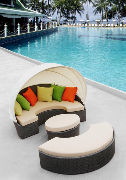 Modern Outdoor Sofas by Modern Furniture Warehouse