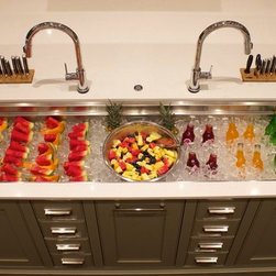 Kitchen Galleys - Use the extra long Galley as a cooler when entertaining.
