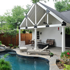 traditional pool by Thomas Development and Construction