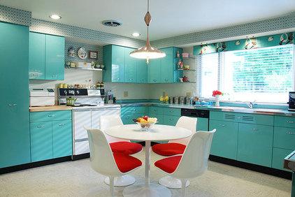 Modern Kitchen Cabinets by Dayoris Custom Woodwork