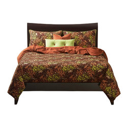 SIS Covers - SIS Covers Press Leaf Copper Duvet Set - 6 Piece Full Duvet Set - 5 Piece Twin Duvet Set Duvet 67x88, 1 Std Sham 26x20, 1 16x16 dec pillow, 1 26x14 dec pillow. 6 Piece Full Duvet Set Duvet 86x88, 2 Std Shams 26x20, 1 16x16 dec pillow, 1 26x14 dec pillow. 6 Piece Queen Duvet Set Duvet 94x98, 2 Qn Shams 30x20, 1 16x16 dec pillow, 1 26x14 dec pillow. 6 Piece California King Duvet Set Duvet 104x100, 2 Kg Shams 36x20, 1 16x16 dec pillow, 1 26x14 dec pillow6 Piece King Duvet Set Duvet 104x98, 2 Kg Shams 36x20, 1 16x16 dec pillow, 1 26x14 dec pillow. Fabric Content 1 87 Cotton, 13 Nylon, Fabric Content 2 100 Polyester, Fabric Content 3 100 Polyester. Guarantee Workmanship and materials for the life of the product. SIScovers cannot be responsible for normal fabric wear, sun damage, or damage caused by misuse. Care instructions Dry Clean Only. Features Reversible Duvet and Shams