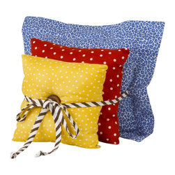 Cotton Tale Designs - Animal Tracks Pillow Pack - A quality baby bedding set is essential in making your nursery warm and inviting. All Cotton Tale patterns are made using quality materials and are uniquely designed to create your perfect nursery. Part of the Animal Tracks collection is this pillow pack of three pillows, blue skin flange, red dot, and yellow dot. These three pillows are tied together with brown and white bias fabric. Can be used together or separately. Pillow Pack is three pillows(measuring 10x10, 12x12, and 15x15), Pillows are for decorative purposes and should never be used in the crib. Spot clean only. Perfect for a boy or a girl.