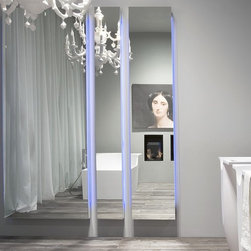 DIVO mirror - DIVO is a polished edge mirror with or without led lighting, lacquered frame embossed black.