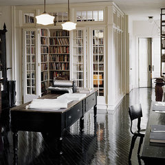 traditional home office Study/Library