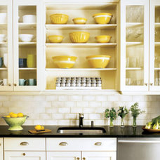 ::Surroundings::: Open shelving in my kitchen: In or Out?