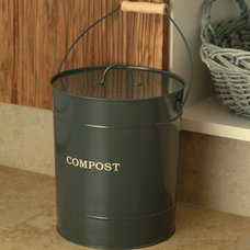 Traditional Trash Cans by Garden Trading