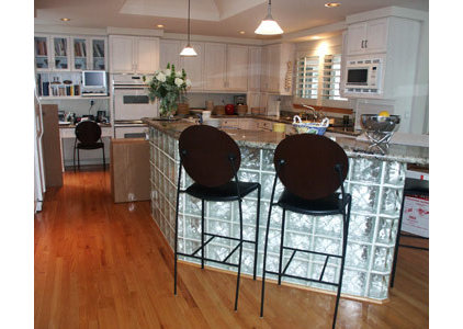 Contemporary  by OTM Designs & Remodeling Inc.