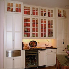 Traditional Kitchen Cabinets by Hagerstown Kitchens Inc.