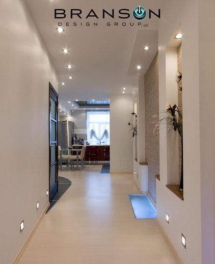 Modern Hall by Branson Design Group