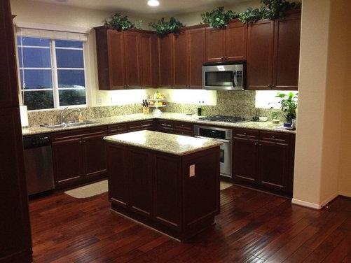 Replacing the kitchen island countertop light or dark for Replacing backsplash