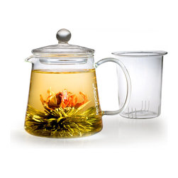 Teaposy - Teaposy L'amour Gift Set - Too pretty to drink? Almost. This handblown glass pot is the perfect vessel for delicious, delightful flowering tea — which blooms before your very eyes. As a gift or for yourself, it's a tan-tea-lizing treat.