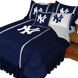 Store51 LLC - MLB New York Yankees Comforter Set NY Logo Baseball Bedding, Queen - Features: