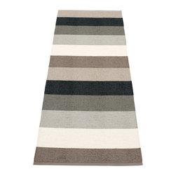 Pappelina - Pappelina Molly Plastic Runner, Mud - This  rug from Pappelina, Sweden, uses PVC-plastic and polyester-warp to give it ultimate durability and clean-ability. Great for decks, bathrooms, kitchens and kid's rooms