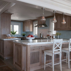 Traditional Kitchen by Michael Smith Architects