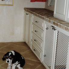 Traditional Laundry Room by RC Cabinets & Closets