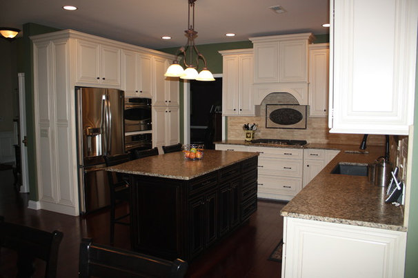 Traditional Kitchen Cabinetry by Sycamore Kitchens & More
