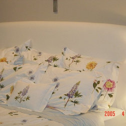 Bedding - Sofa Covers - Decorative Pillows - Floral pillows for you room
