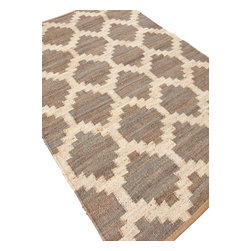 Jaipur Rugs - Naturals Moroccan Pattern Hemp Gray/Ivory Area Rug (5 x 8) - Simple patterns in two color combinations are used to create this collection of chunky woven jute rugs. Hardy and durable these fringed rug enhance both rustic and modern home environments.
