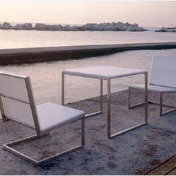 Gandia Blasco Luna Lounge Chair