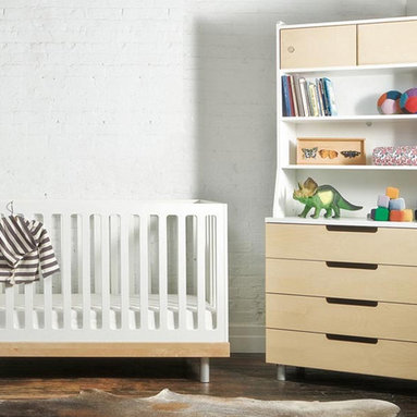 Classic 4 Drawer Dresser W/Hutch By Oeuf - The Oeuf Classic 4 Drawer Dresser complements nursery and bedroom alike. A changing pad fits on top of the dresser securely and without the use of hardware to create a seamless nursery. Changing pad removed the dresser becomes a piece of furniture for use anywhere in the house.