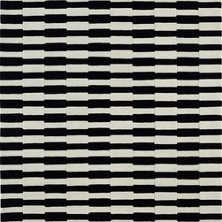 Dynamic Rugs - Dynamic Rugs Aria 1118-190 (Ivory Black) 8' x 11' Rug - Aria is a brand new handmade wool rug collection styled for Dynamic Rugs by Posh* Fashionation. Various textures of wool are combined to create a styling that is sure to add interest to any room. Aria is exquisitely hand tufted and then hand carved for added depth by master craftsmen in India. These rugs are styled largely of 100% un-dyed wool color shades, with some vivid dyed hues such as fashionable aquas accentuate the designs.