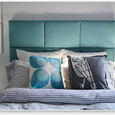 modern headboards by Heady Bed