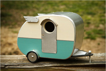 Outdoor Products Vintage Camper Birdhouse
