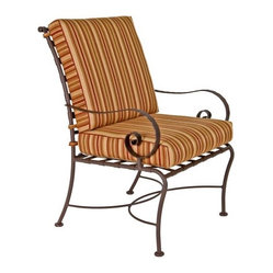 Shop Traditional Outdoor Chairs On Houzz