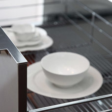 Modern Dish Racks by ITB Kitchen & Wardrobe Manufacturer