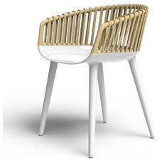 modern armchairs by Questo Design