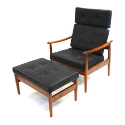 Fine Mod Imports - Mid-Century Style Lounge Set Black Leather - A contemporary design coupled with quality craftsmanship make this classic Mid-Century Style Lounge set an ideal choice. Solid wood with a leather seat and back.