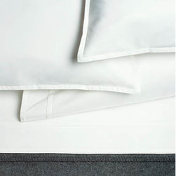 Pleat White 100% Organic Cotton Flat Sheet - High quality cotton sham, made from Green materials. A great way to get a modern look with a healthy and eco-friendly product.