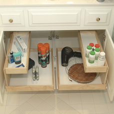 Bathroom Cabinets And Shelves by ShelfGenie of New Jersey