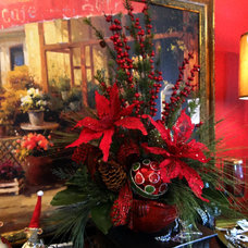 Traditional Holiday Decorations by Sacksteder's Interiors